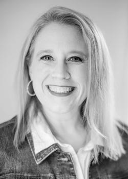 Lindsey Carlson